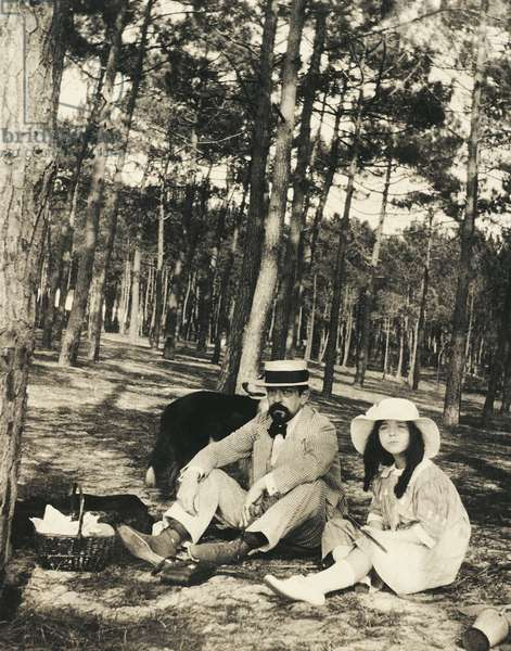 France, Saint-Germain-en-Laye, Period photography of Claude Debussy and his daughter Chouchou