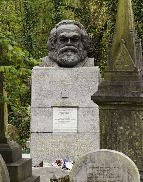 Karl Marx by Laurence Bradshaw (photo)