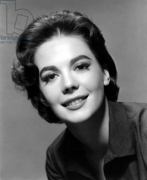 Natalie Wood in the 50's (b/w photo)