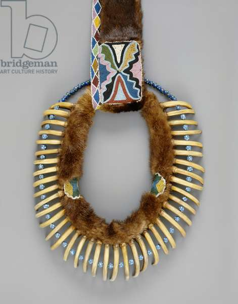 Bear claw necklace, Mesquakie, c.1835 (mixed media)