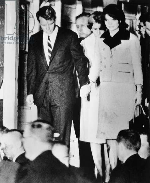 From left, Robert Kennedy, Jacqueline Kennedy, after the asassination of President John Kennedy, November 22, 1963