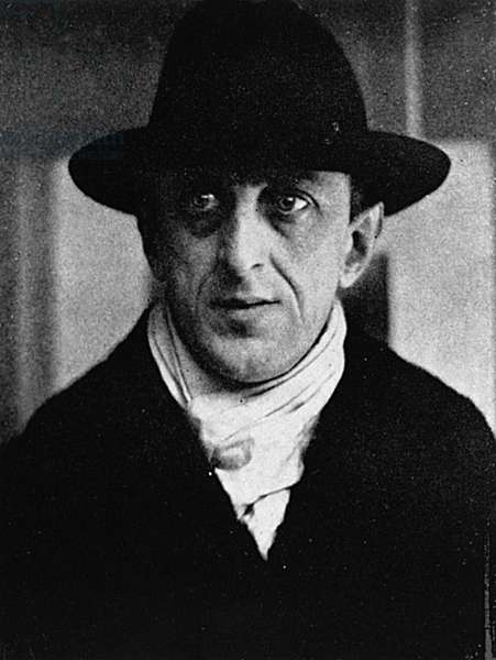 MARSDEN HARTLEY (1877-1943) American painter. Photographed by Alfred Stieglitz in 1915.