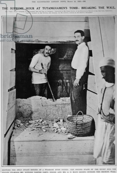 TUTANKHAMEN'S TOMB Howard Carter, left, and A.C. Mace at the broken wall to the sealed chamber in Tutankhamen's tomb, 1923.