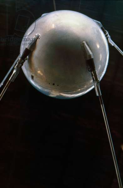 SPACE: SPUTNIK 1, 1957 A model of Sputnik 1. Photograph, 1957.