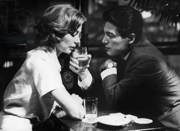 HIROSHIMA MON AMOUR, 1959 Emanuelle Riva and Eiji Okada in the film 'Hiroshima Mon Amour' directed by Alain Resnais, 1959.