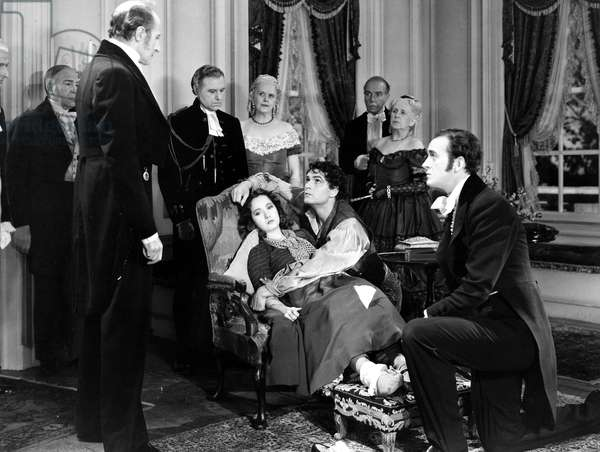 WUTHERING HEIGHTS, 1939 Merle Oberon as Cathy, Laurence Olivier as Heathcliff, and David Niven as Edgar Linton in a scene from the Samuel Goldwyn motion-picture production of 'Wuthering Heights,' 1939.
