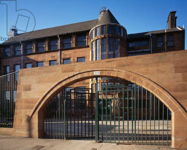 Exterior view towards the arched entrance of Scotland Street School designed by Charles Rennie Mackintosh (photo)