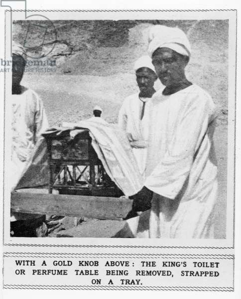 King's toilet or perfume table being removed from the tomb of Tutankhamun (b/w photo)