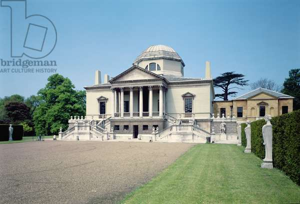 Exterior view of the East front of Chiswick House, London, (1725-29), built by Lord Burlington, 3rd Earl of (Richard Boyle) (1694-1753) (photo)