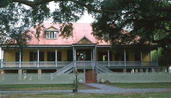 Laura Plantation, St. James Parish, Louisiana (photo)