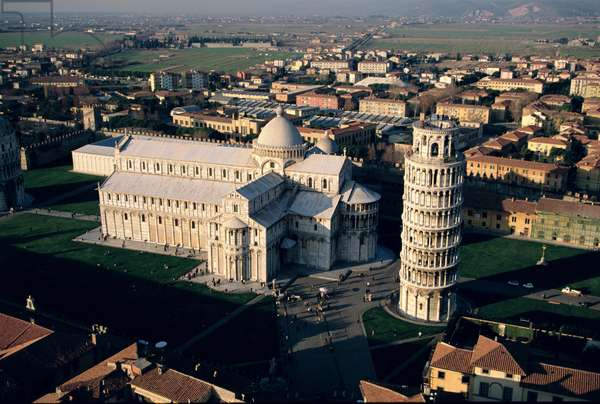 Aerial view of Piazza dei Miracoli, Pisa, Italy (photo)