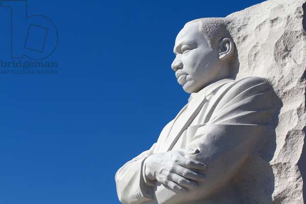 Thirty-foot-high whitegranite statue of Dr Martin Luther King, Jr (photo)