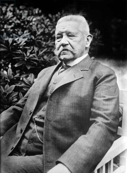 Paul Von Hindenburg (1847-1934) german president in 1925-1934 (Weimar republic)