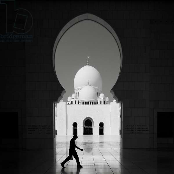 Sheikh Zayed Mosque 2, Abu Dhabi, United Arab Emirates, 2011 (b/w photo)