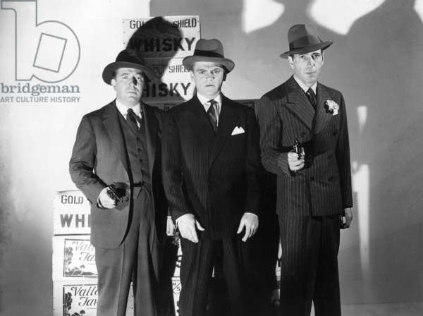 Jeffrey Lynn, James Cagney and Humphrey Bogart in