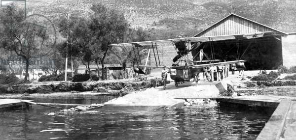Austro-Hungarian seaplane, 1916 (b/w photo)