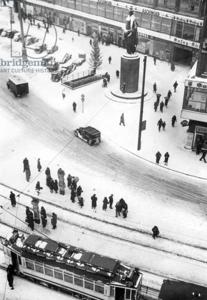 The Alexanderplatz in Berlin in winter, 1938 (b/w photo)