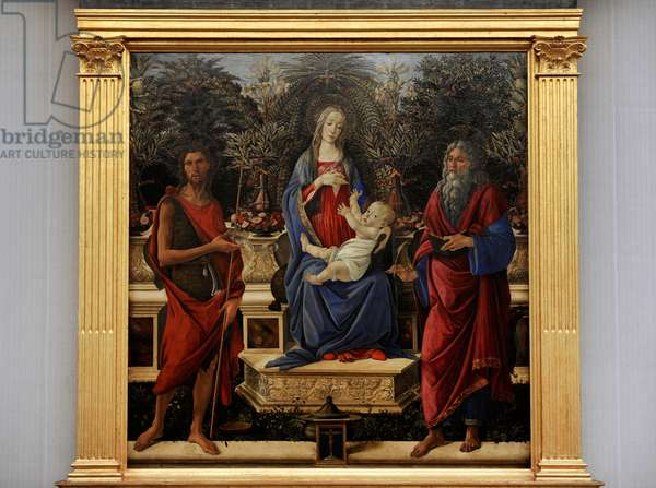 Enthroned Maria with Child with John the Baptist and John the Evangelist, 1484-1485, by Sandro Botticelli (1445-1510).