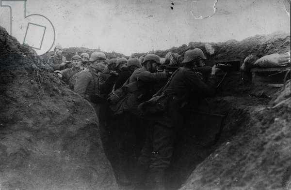 Western Front '14, Germany - France, 1914 (b/w photo)