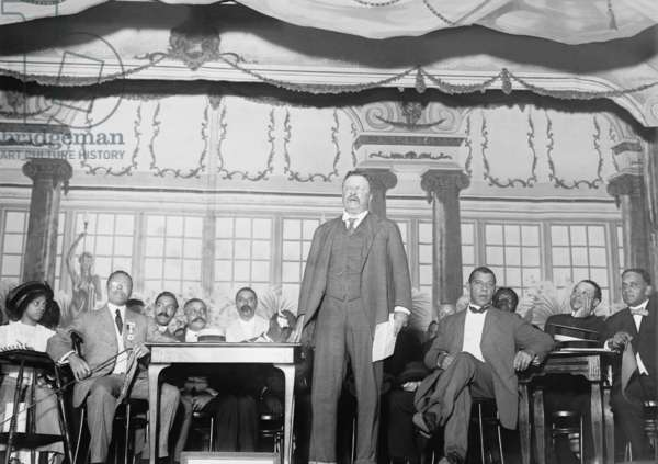 Roosevelt speaking at National Negro Business League (photo)
