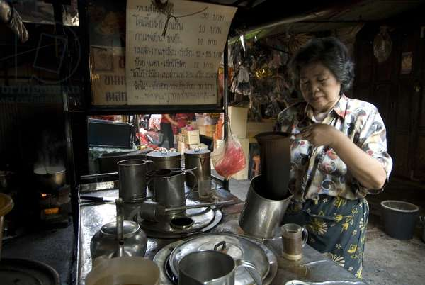 A coffee stall in Chinatown, Bangkok. Thailand. January, 2007.  (photo)