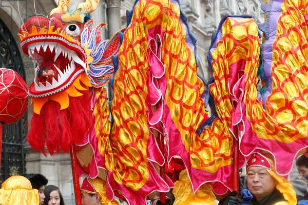 Chinese New Year, Dragon dance (photo)