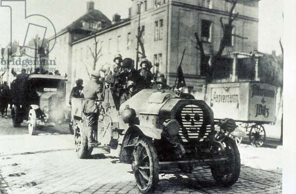 Freikorps unit takes to the streets in Berlin during unrest in the years of the Weimar Republic. Circa 1923