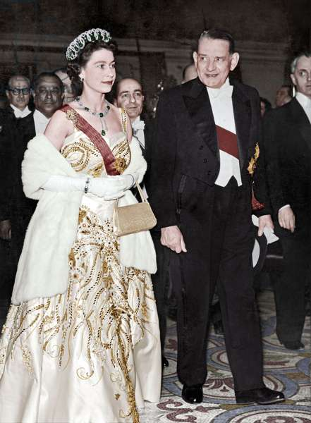Visit of Queen of England Elizabeth Ii (Wearing The Vladimir Tiara and the Delhi Durbar Necklace) in Paris, April 9, 1957 : at The Opera With French President Rene Coty (photo)