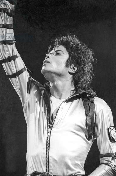 Michael Jackson on stage in Nice, French Riviera, August 1988 (b/w photo)