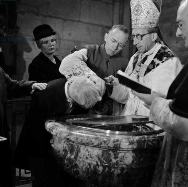 Japanese Painter Tsourgouharu Foujita (Tsuguharu Fujita), Become Catholic, Is Christening in Reims By The Bishop Georges Bejot, October 14, 1959 (b/w photo)