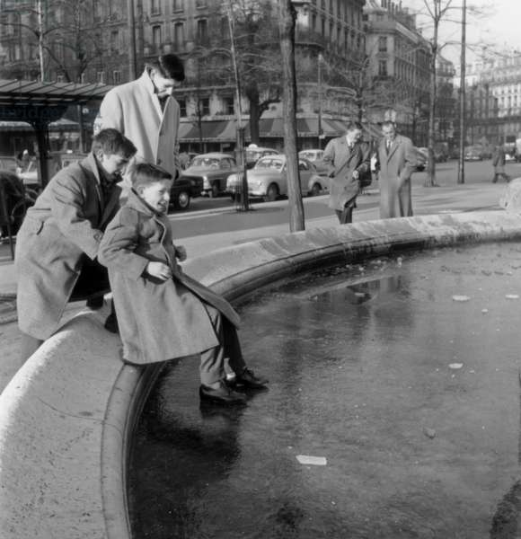 Winter 1960 in Paris : Ice on A Pond in Paris on January 10, 1960 (b/w photo)