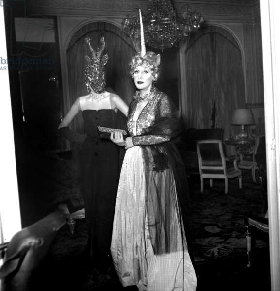 Fancy Dress Ball in Paris on March 24, 1949 : Lady Diana Cooper As Unicorn and the Laurel (b/w photo)