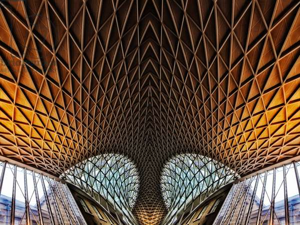 Kings Cross Departure Hall, 2014 (digital image)